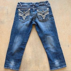 "Vigoss capri size 9 21"" button back pocket"